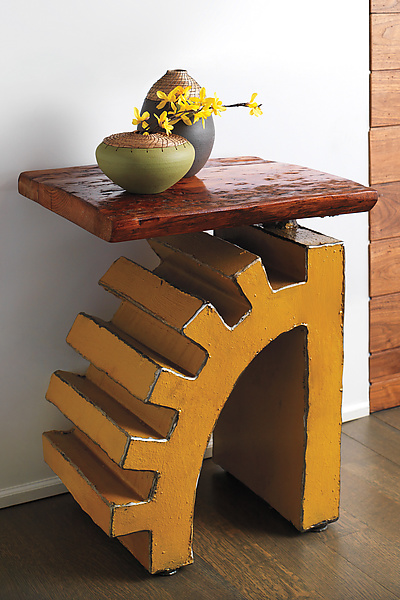 Torque Side Table