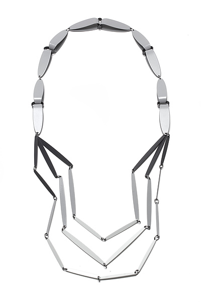 Folded Collar Gradient Links Necklace