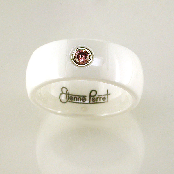Ceramic Band with Pink Sapphire
